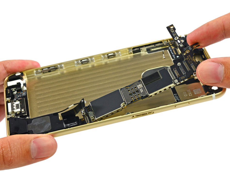 iPhone 6 Plus dezasamblat - service
